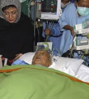 suharto-sick-cp-4140928