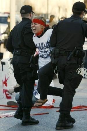 f-protest-aids-cp-3974147
