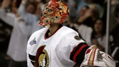 Sens fans take to Twitter to mourn Ray Emery