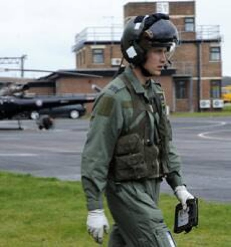 Prince William earns pilot's wings | CBC News