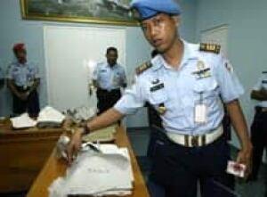 indonesia-crash-debris-cp-2255139