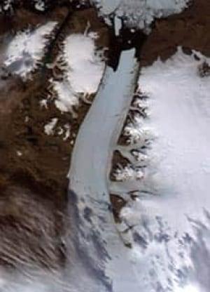 ice-crack-cp-5375659