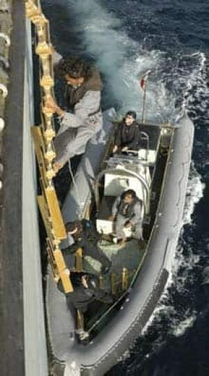 hmcs-charlottetown-rescue-2