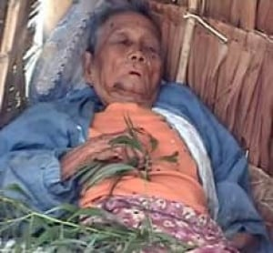 burma-woman-cp-4824479