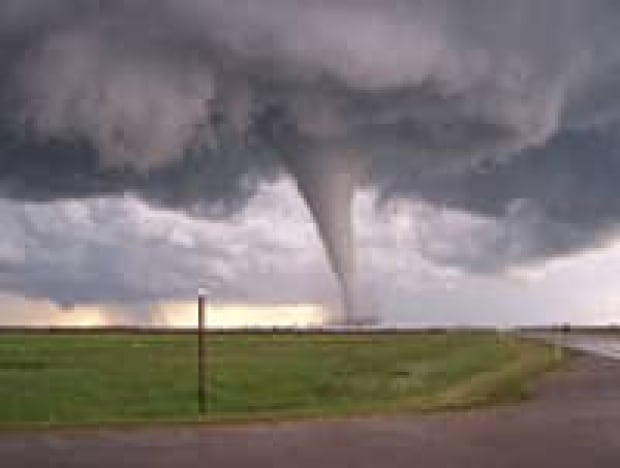 tornado-cp-3185295
