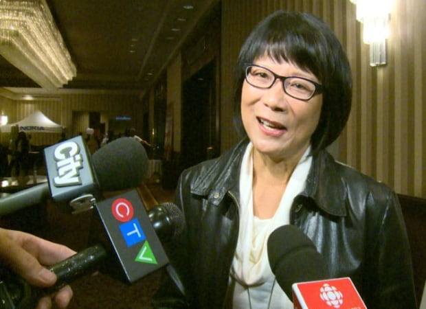 Olivia Chow reacts to Karen Stintz mayoral bid announcement