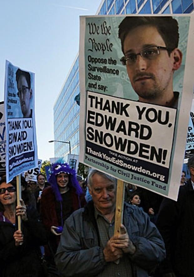 Snowden rally