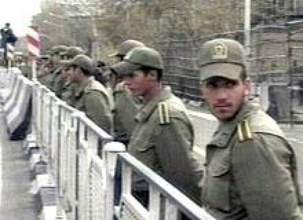 iran-embassy-protest-070401