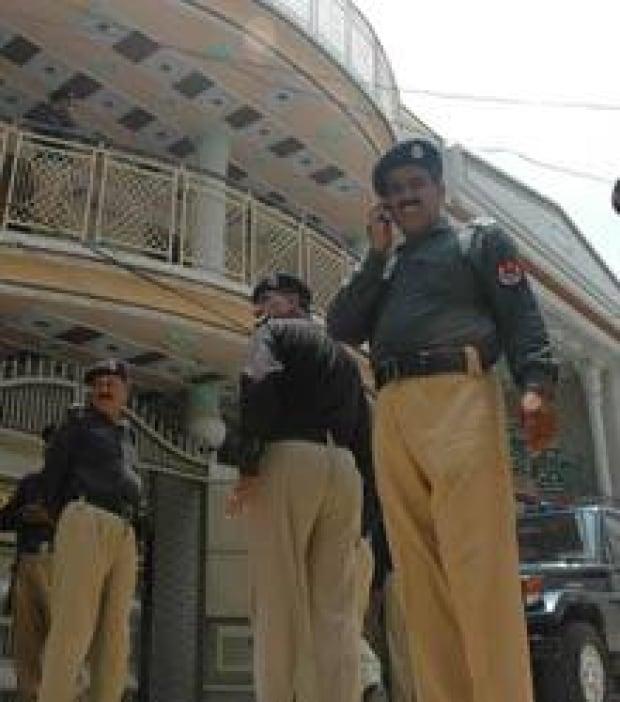 pakistan-shots-cp-3253862