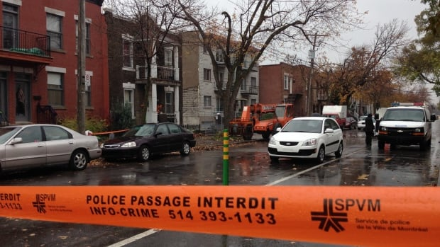 A man died when a wall collapsed at a site on Marquette Street on Thursday morning. (Radio-Canada)