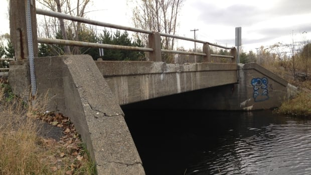 The Coniston Creek bridge on Government Road in Greater Sudbury was built in 1930.  The city's 2012 inspection report calls for its replacement by 2013 at a cost of $600,000. The report also calls for a load restriction of 25 tonnes. This bridge was listed in City of Greater Sudbury's budget outlook for 2011, but repairs do not appear to have been completed.