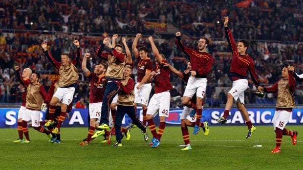 Roma's victory on Thursday restored their five-point lead ahead of Napoli and Juventus, which are level second.
