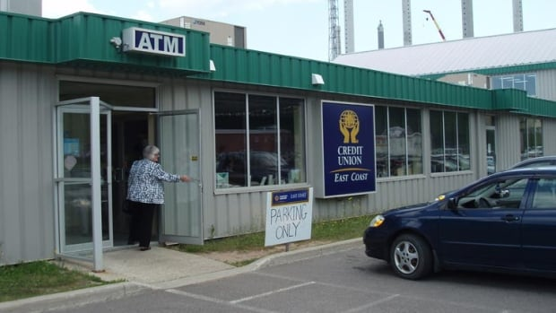 The town of Mulgrave is losing its only bank, the community's credit union will shut down Friday afternoon.