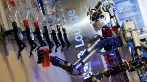 Robot-bartender