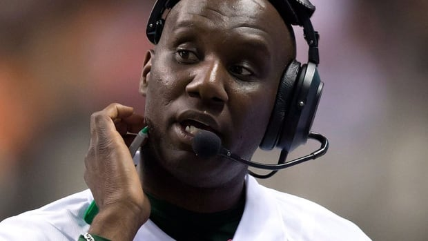 The Eskimos fired head coach Kavis Reed on Monday following a 4-14 regular season. Reed went 11-7 in his first year with the CFL team in 2011 and 7-11 the next season.