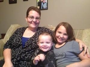 Amanda Isaac and children