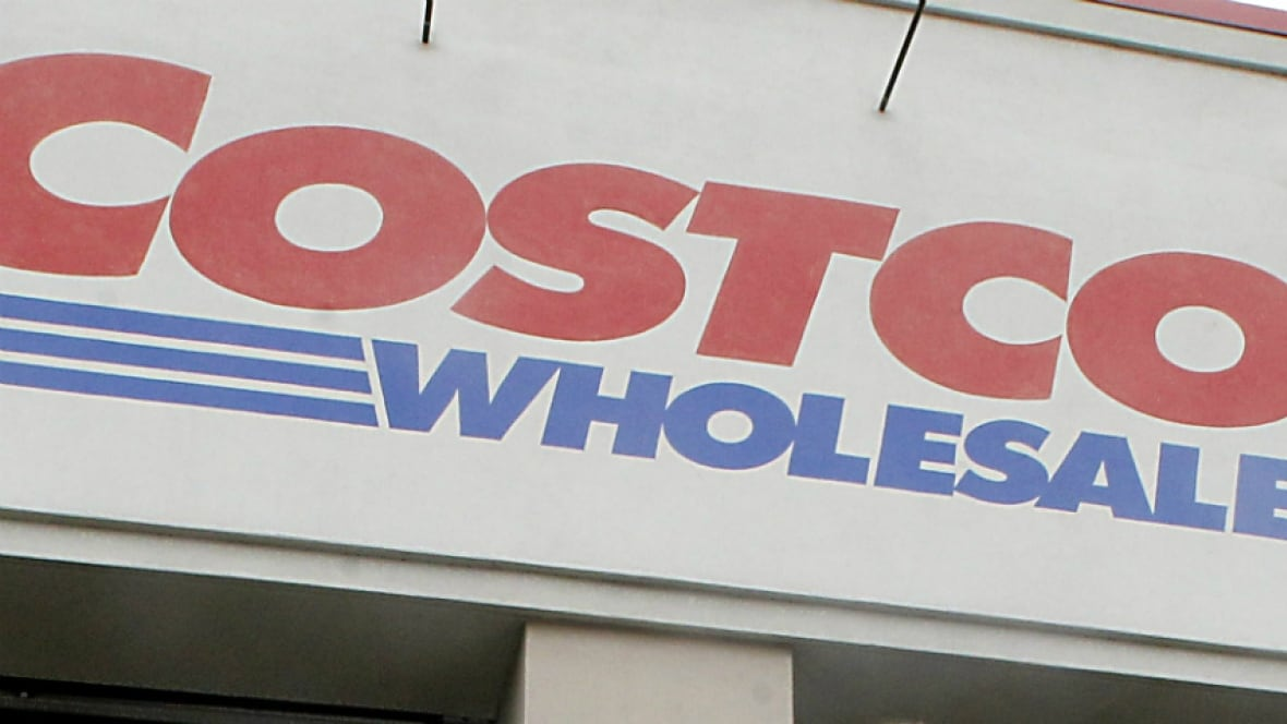 Costco Canada to stop accepting American Express cards - Business ...