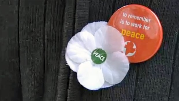 Those who wear white poppies for Remembrance Day say it's a reminder to work for peace and not glorify war.
