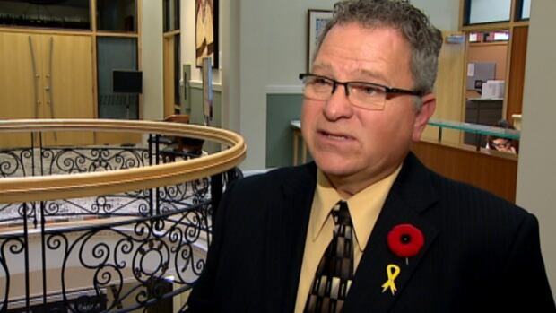 Ward 12 Coun. Shane Keating says licensing temporary taxis could ease the city's cab shortage.