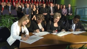 image-montreal-councillors-sworn-in