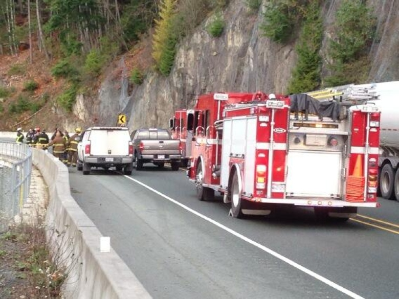 Highway 99 reopens after head-on collision kills 2   CBC News