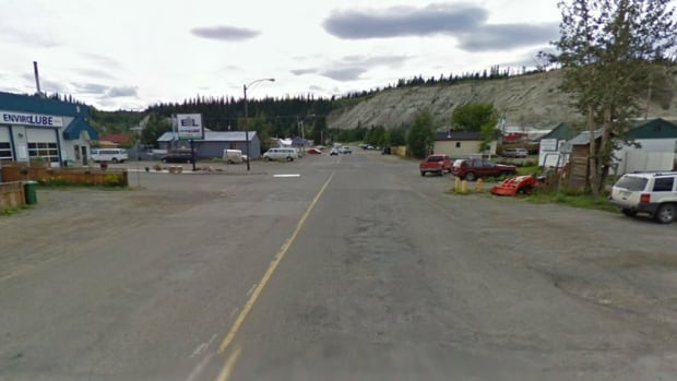 Whitehorse city council has unanimously approved a $3.8 million reconstruction project for Ogilvie Street between Fourth Avenue and the escarpment.