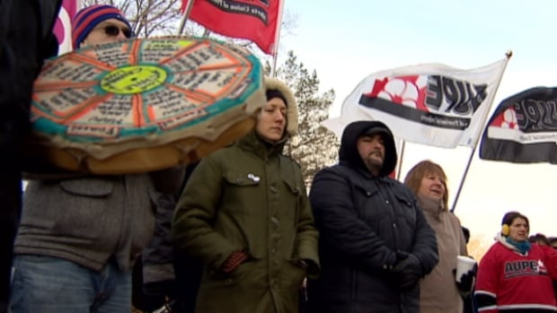 Members of the Alberta Union of Provincial Employees took to the steps of the legislature on Wednesday to protest two new bills introduced by the provincial government.