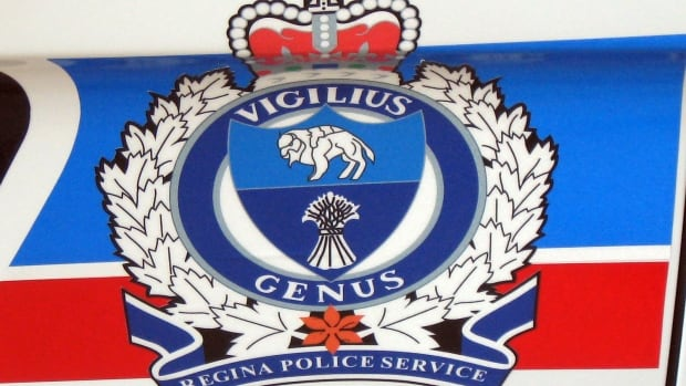 Two men charged after alleged double stabbing in Regina