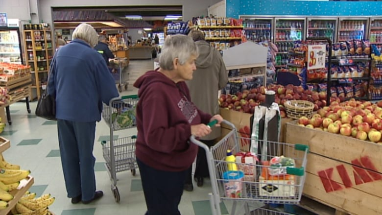 Why retailers' shoplifting fears are wrapped up in reusable bags