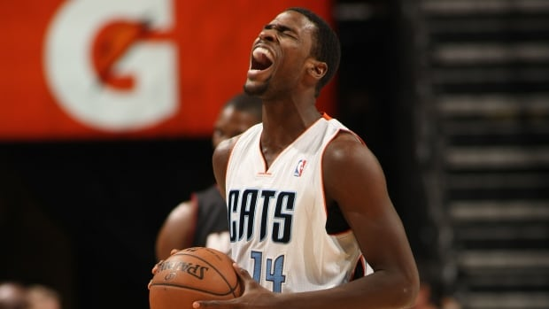 Michael Kidd-Gilchrist suffered broken left hand during Tuesday night's game at Dallas.
