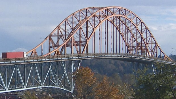 The Pattullo Bridge, which connects Surrey and New Westminster across the Fraser River, will be closed this weekend for repair work.