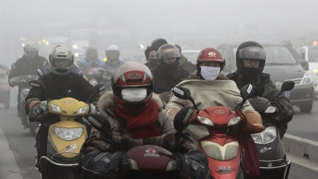 Shanghai's concentration of tiny, harmful PM 2.5 particles reached 602.5 micrograms per cubic metre Friday afternoon, compared with the World Health Organization's safety guideline of 25 micrograms.