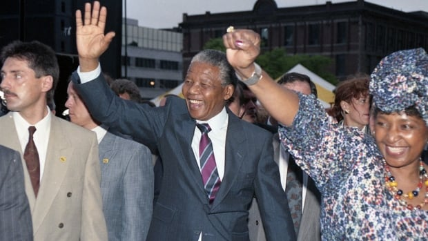 Mandela visited the Union United Church during his visit Montreal in 1990 in part because it had a committee dedicated to the fight against the apartheid regime in South Africa.