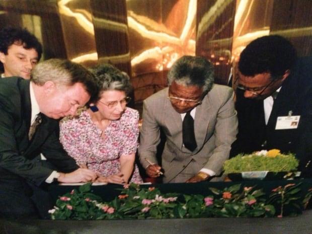 Mandela McCurdy