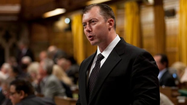 Conservative MP Rob Anders has long been a detractor of Nelson Mandela and seems to remain opposed to the man credited with bringing down South Africa's apartheid system.