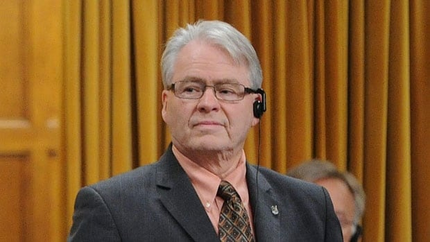 Bruce Hyer, an Independent MP since April 2012, plans to make an announcement about his political future later this week.