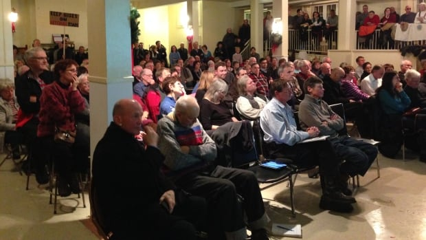 Glebe residents packed St. Giles Presbyterian Church on Monday night to hear the city's plans to monitor traffic when the redeveloped Lansdowne Park opens in June.