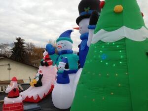 Christmas display on roof