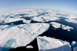 Canada Arctic Claim 20131209