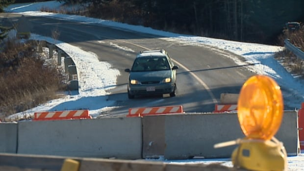 A week after New Brunswick's auditor general published a list of provincial bridges in poor condition, one of the worst - the Lorneville causeway in Saint John - has been closed due to a structural failure.