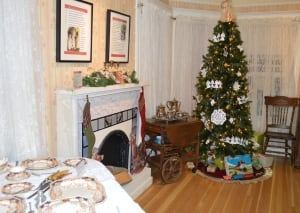 An Old Fashioned Christmas Exhibit