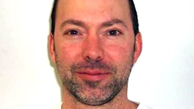 In 2002 Guillemette began serving a 41-year sentence for the second degree murder of boxer Jean-François Lessard in 2001.