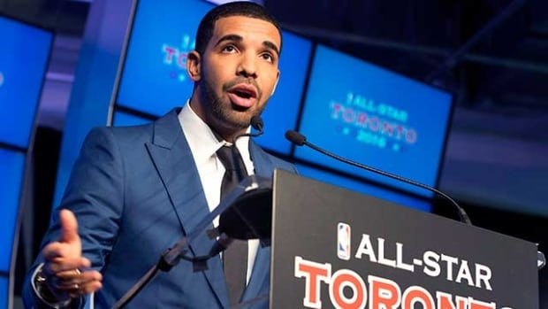 Toronto Raptors global ambassador Drake reportedly made a phone call to striker Jermain Defoe that helped sell him on joining Toronto FC.