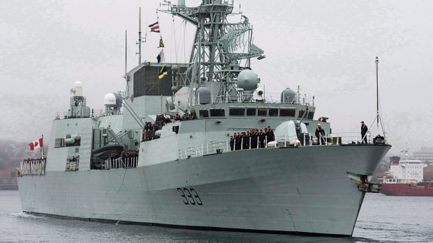 Canadian warship HMCS Toronto boarded a ship off the east coast of Africa this week that was carrying 506 bags of heroin, weighing more than 538 kilograms.
