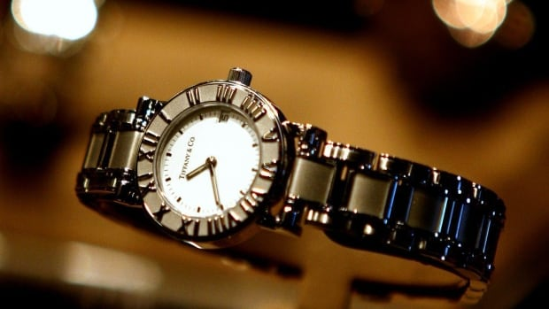 A strategic alliance between Swatch and Tiffany & Co. to manufacture and sell Tiffany watches has ended acrimoniously.