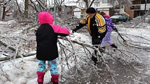 hockley-path-brampton-ice-storm