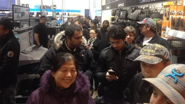 Boxing Day is here and Saskatchewan shoppers are out in force. Here's the early morning  crowd at a Saskatoon Best Buy store.