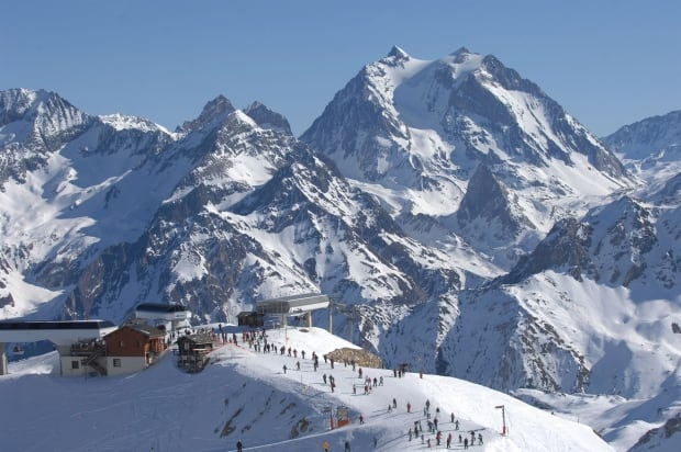 Meribel Village skiing
