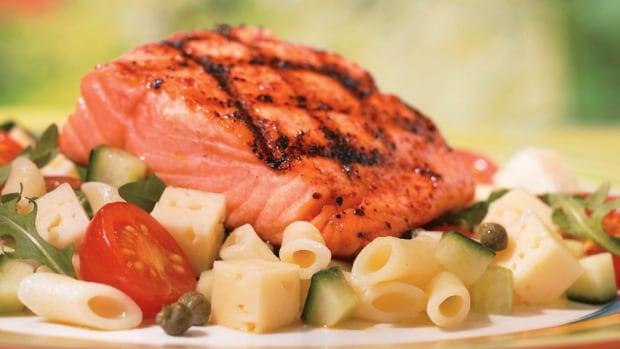 HI-salmon-dinner-852