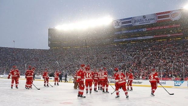 The Detroit Red Wings salute the crowd after the losing to the Toronto Maple Leafs in a shootout at the Winter Classic.